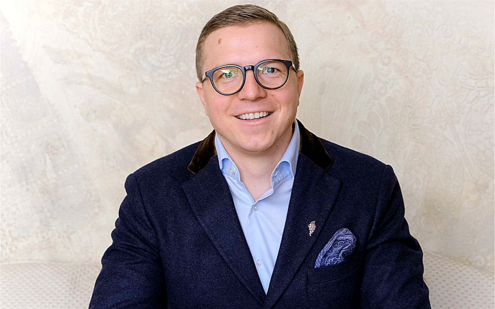 Fabian Mennel